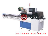 Горизонтальная упаковочная машина на производстве медицинских товаров